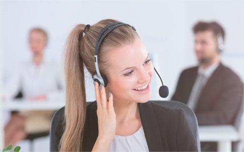 Experts à votre écoute par téléphone